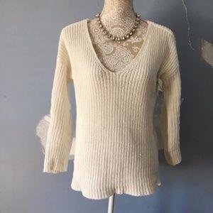 BB Dakota // White V Neck Chunky Knit Sweater S